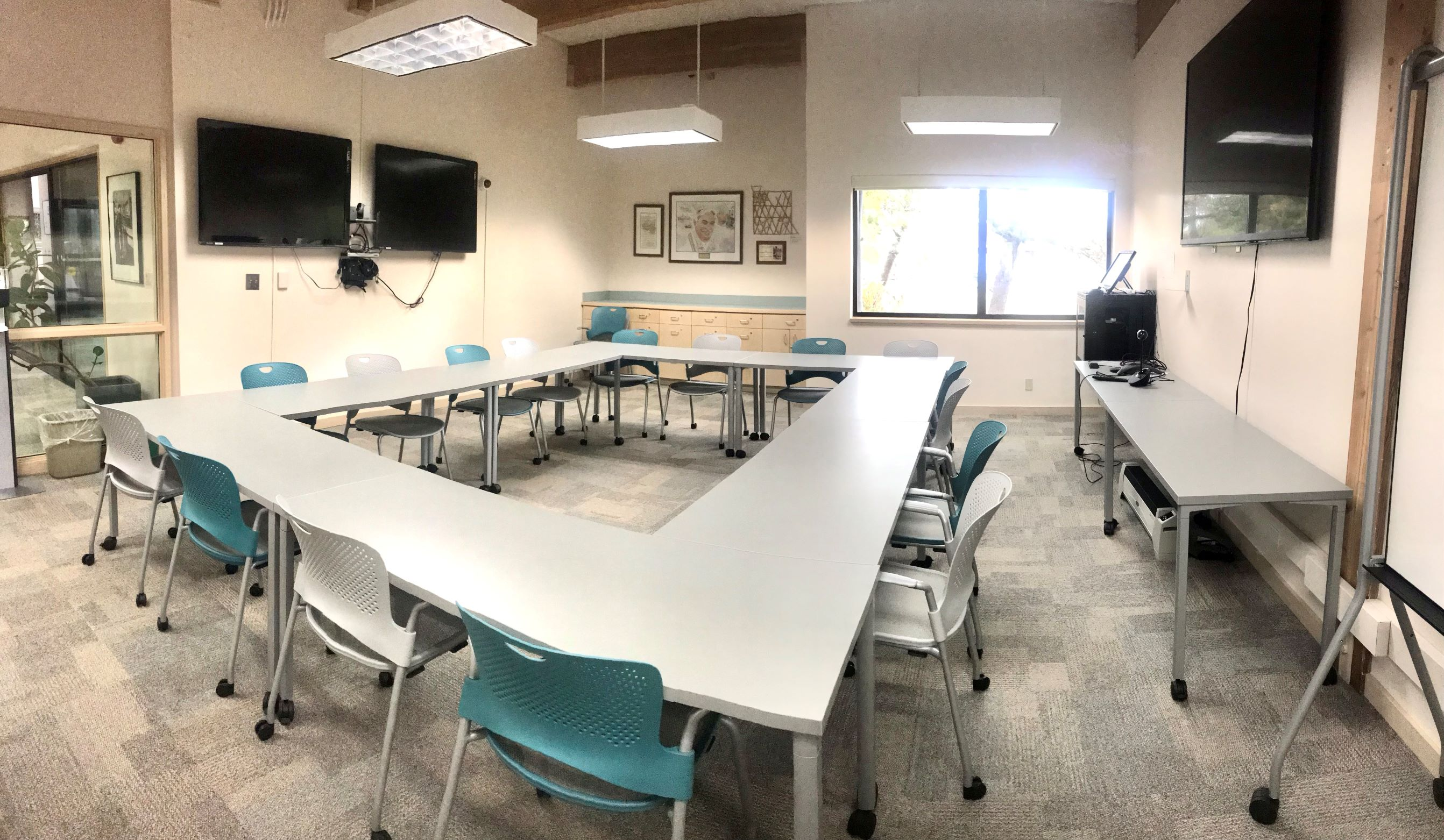 Guin Library Barry Fisher Meeting Room